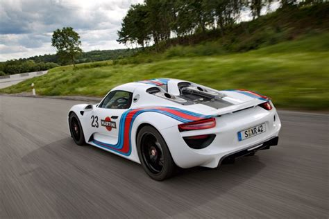 porsche 918 racing porsche 918 spyder gets martini racing livery car body