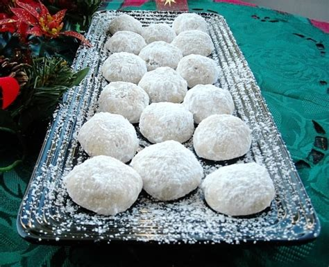 Add dates and pecans and mix well. Mexican Wedding Cookies Recipe - Flour On My Face