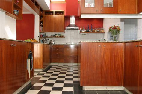 d馮raisser meubles cuisine bois vernis merveilleux peindre des portes de placard en melamine 8