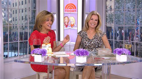 klg and hoda kathie lee hoda share favorite things new book note cards and smart tubes today com