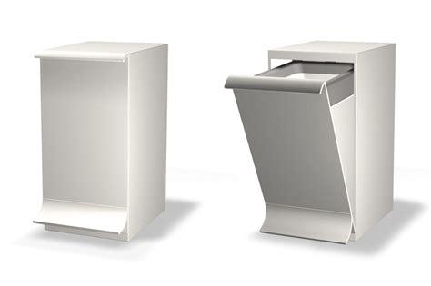 poubelle suspendue salle bain qube 174 poubelle de salle de bains et sanitaire nos projets eco design