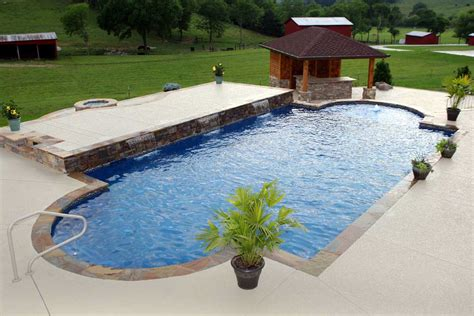 How A Saltwater Pool Works Benefits Of Saltwater Vs Chlorine