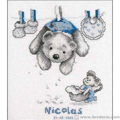 tableau ourson chambre bébé tableaux à broder la maison du canevas et de la broderie