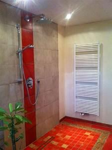 Kann Man Bei Gewitter Duschen : vorteile einer dusche ohne glas der badm bel blog ~ Frokenaadalensverden.com Haus und Dekorationen