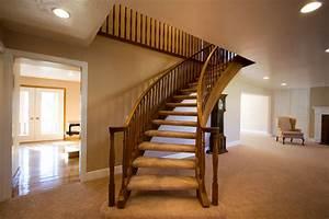 Teppich Für Treppe : teppich von treppen entfernen mit diesen mitteln klappt 39 s ~ Orissabook.com Haus und Dekorationen