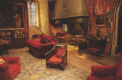 salle commune gryffondor by linwee we it