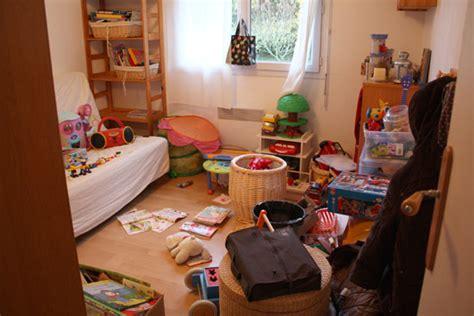jeux de ranger les chambre bye bye bazarland rangement jouets enfants trofast