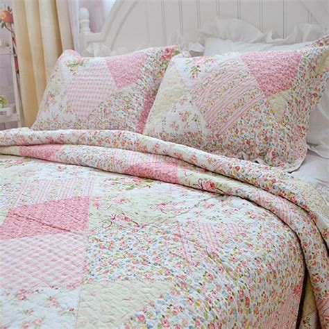 Popular Shabby Chic Bedding The Wooden Houses