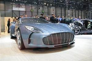 Nouvelle Aston Martin : enfin a pr sent la nouvelle aston martin one 77 voir ~ Maxctalentgroup.com Avis de Voitures