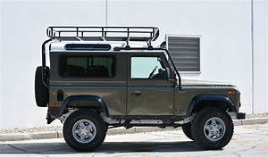 4x4 Land Rover : meet the brand turning old land rovers into masterpieces 4x4 land rover defender range ~ Medecine-chirurgie-esthetiques.com Avis de Voitures
