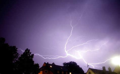 Blitzableiter Schutz Bei Unwetter by Blitze Gewitter Blitzschutz Hg2 Die Blitzf 228 Nger
