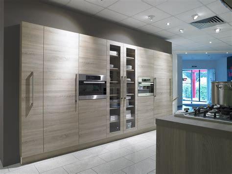 poignee de porte pour meuble de cuisine incroyable poignee de porte pour meuble de cuisine 12 meuble plaqu233 ch234ne meubles de
