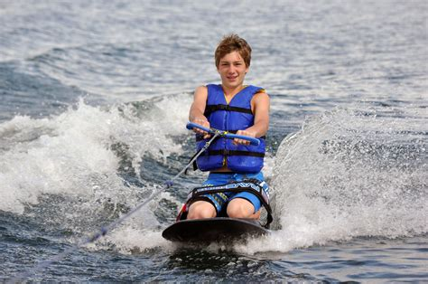 Rave Sports Radial Kneeboard | Live Well Sports