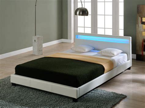 Design Led Doppelbett Polsterbett 140x200cm Bettgestell
