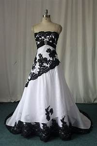 Black and White Gothic Wedding Dresses 2016 Custom Made