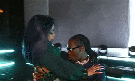 Cardi B and Offset Perform On-Stage PDA - The Hollywood Gossip