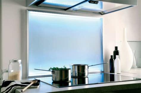 re lumineuse led pour cuisine credence cuisine lumineuse crdence miroir une touche de