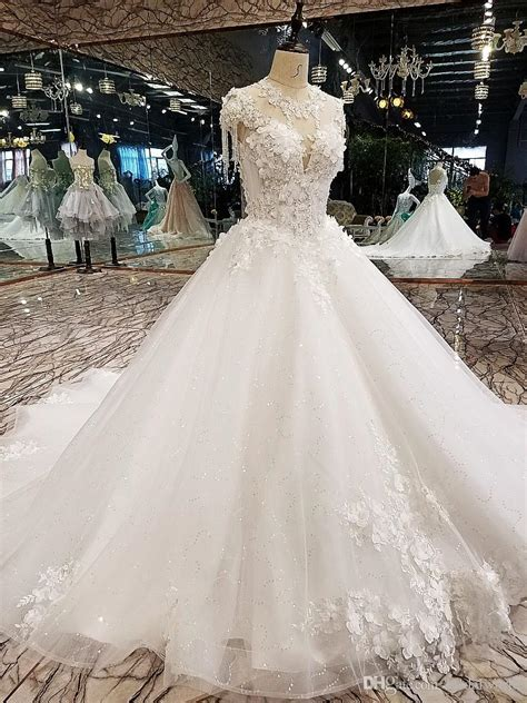 Luxury Korean Wedding Dresses 2018 Floral Champagne Ivory