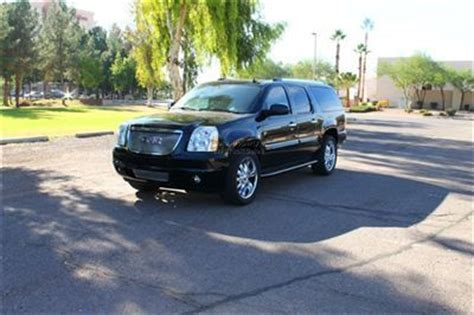 sell  extra clean black awd suv leather    wheels  tires moonroof tvdvd  mesa