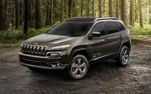 Prix Jeep : jeep cherokee sport ti 2017 prix moteur sp cifications techniques compl tes le guide de l 39 auto ~ Gottalentnigeria.com Avis de Voitures