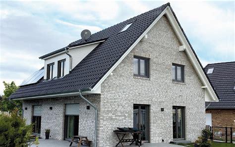 Moderne Klinkerhäuser by Haus Satteldach Klinker