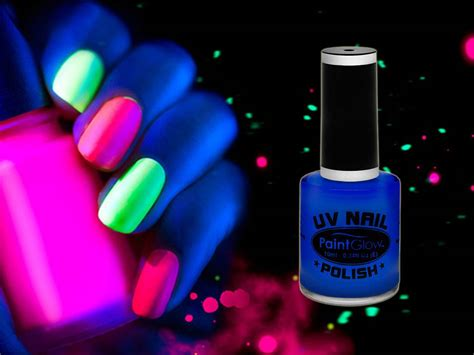 vernis normal et le uv maquillage vernis 224 ongles uv reactive bleu