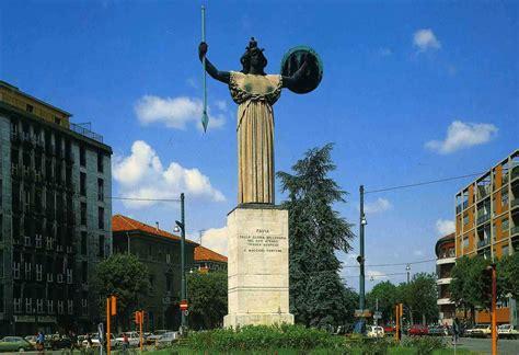linee urbane pavia pavia piazza della vittoria italia