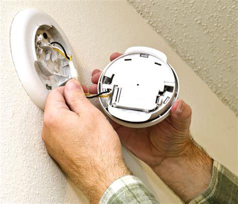 Benefits Of Hardwired Smoke Detectors In Charlotte