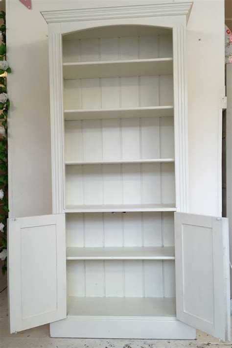 White Bookcase With Cupboard by White Painted Cupboard Base Bookcase Home Sweet Homehome