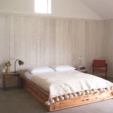 lambris pour chambre le lambris dans la chambre