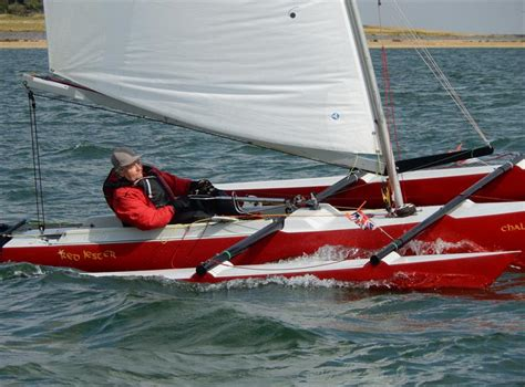Trimaran Dinghy by 25 Best Beginner Sailing Dinghies Boats