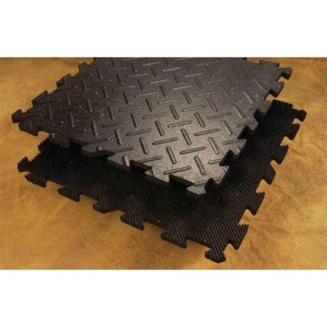 tractor supply stall mats tractor supply company s 12x12 stall mat kit features