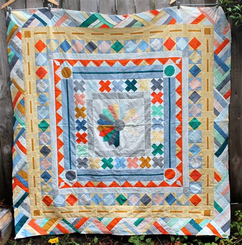 what is a quilt the pmqg medallion quilt wombat quilts