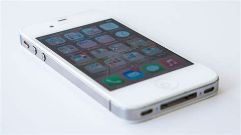 iphone 4s ios 8 your iphone 4s will run ios 8 but is it worth the upgrade