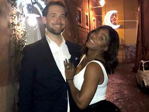 serena williams showcases her engagement ring in reddit With serena williams wedding ring