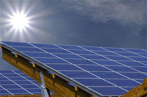 cr 233 dit d imp 244 t les panneaux solaires dans le collimateur le finance