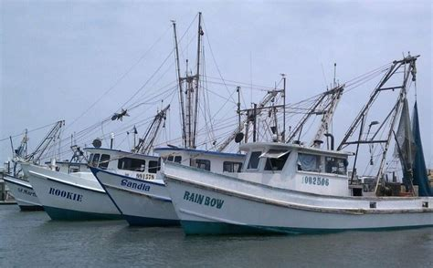 Party Boat Fishing Rockport Tx by 303 Best Shrimp Boats Images On Pinterest Sailing Ships
