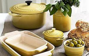 Le Creuset Geschirr : how middle class is your kitchen telegraph ~ Eleganceandgraceweddings.com Haus und Dekorationen