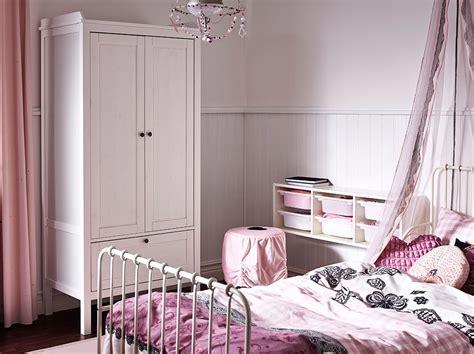 Kinderzimmer Kleiderschrank Mädchen by Kinderzimmer Mit Sundvik Kleiderschrank In Wei 223