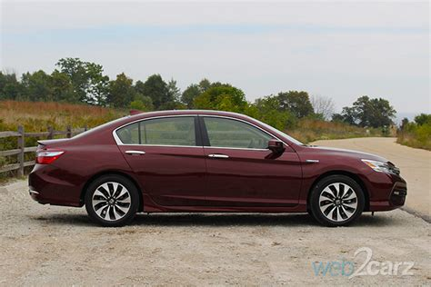 2017 Honda Accord Touring Hybrid Review