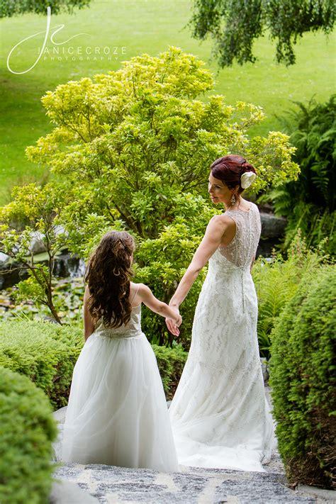 bride   flower girl daughter wedding photography