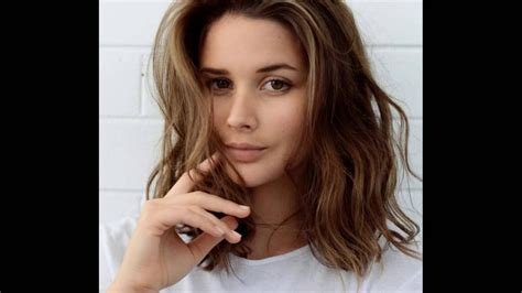 Shoulder Length Hairstyles With Side Bangs । Hairstyles