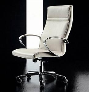 Fauteuil Design Blanc : fauteuil blanc cuir design 20 id es de d coration ~ Teatrodelosmanantiales.com Idées de Décoration