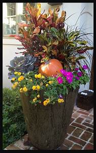 How, To, Decorate, A, Front, Porch, For, Fall