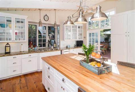 kitchen island idea 26 gorgeous white country kitchens pictures designing idea