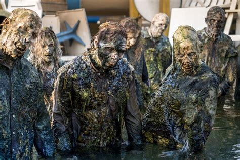 dead walking fear zombie virus amc series zombies season staffel outbreak torna temporada mtv could sky seconda quarta stagione parte