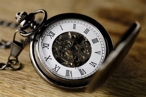 daylight saving time place clocks