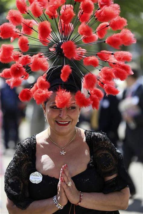 fashionable hats  royal ascot horse racing festival