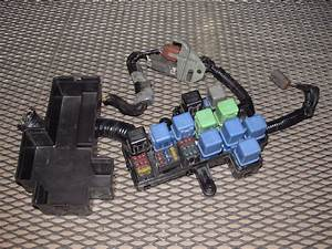 90-96 Nissan 300zx Oem Engine Fuse Box