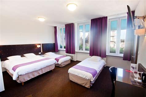 hotel chambre 4 personnes chambres rénovées à cherbourg dans l 39 hôtel ambassadeur